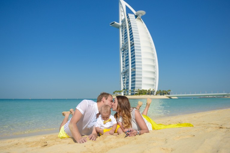 Family photographer in Abu Dhabi, Dubai